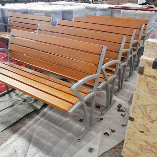 Wood bench for Switzerland