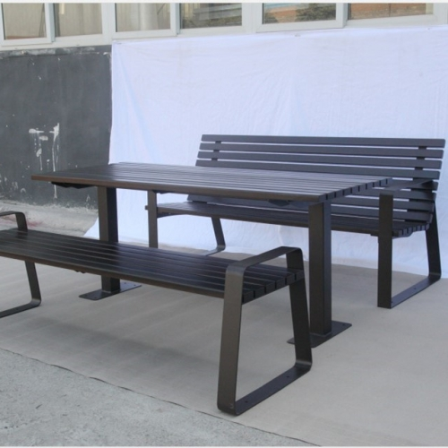Solid wood picnic table benches for UAE