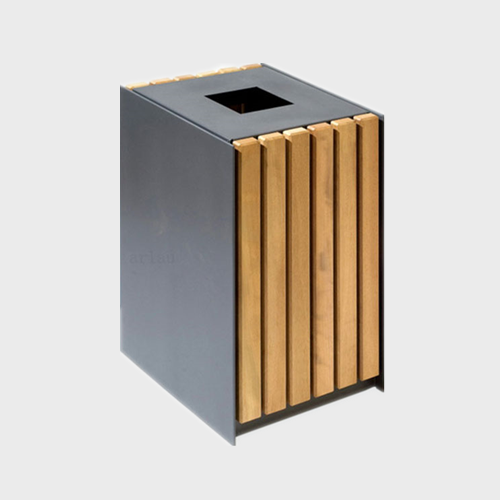 BW28 Outdoor Wood Dustbin