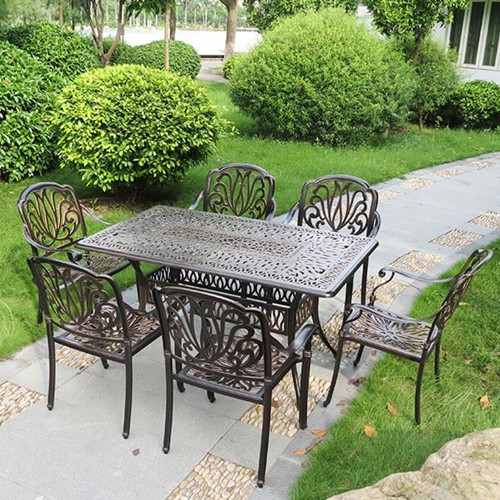 Garden Cast Aluminum Table And Chairs