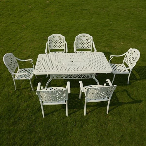 French Romantic Style Cast Aluminum Table With Chairs