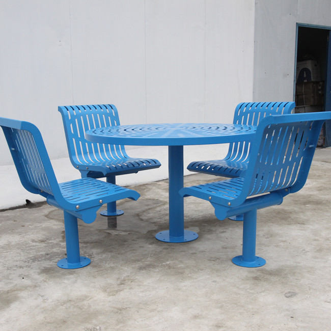 Flat steel table and chair for Germany