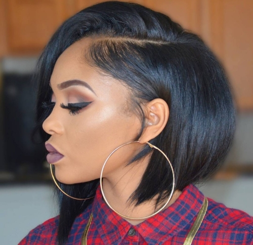 Free Part Short Black Lace Front Virgin Remy Human Hair Chin Bob Wigs with Pre-Plucked Hairline Bleached Knots