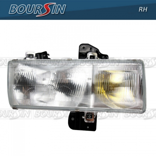 Headlight For Nissan UD 1800 2000 2300DH 2300LP 2600 3000 3300 1995-2010 W/ Bracket Passenger Side