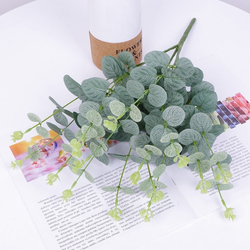 Pack of 25 pcs artificial silk eucalyptus leaves