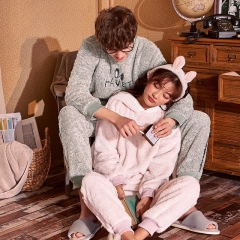 Winter flannel couple pajamas home service