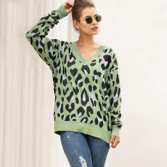 Autumn and winter explosions sweaters Europe and the United States fashion large size three-color leopard jacquard V-neck sweater