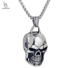 Domineering retro personality skull pendant necklace male fashion rock pendant jewelry titanium steel punk necklace