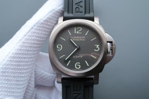 Panerai Luminor PAM562 Titanium Noob Factory  Case & Bezel Black Dial ZF 1:1 Best Edition on Black Rubber Strap A.Unitas 6497