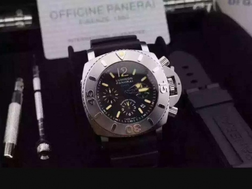 Panerai Luminor Submersible PAM187 G Stainless Steel Chronograph Ultimate Edition on Rubber Strap A7753