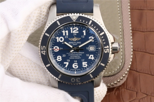 Breitling Superocean II A17392D8/C910/228S/A20SS.1 44mm Stainless Steel GF Factory  1:1 Best Edition Blue Dial On Blue Rubber Strap A2824 (Working Hel