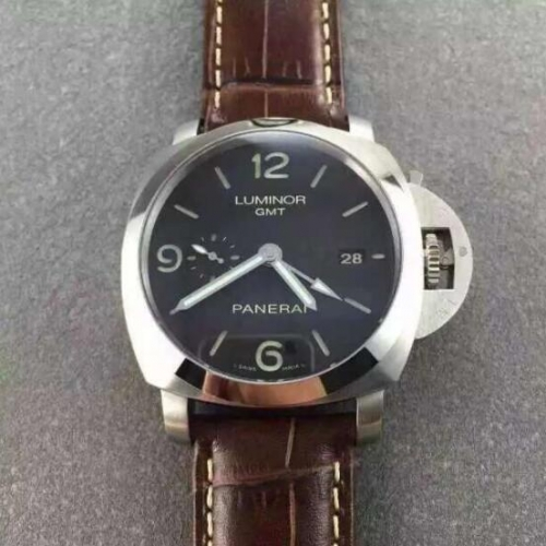 Panerai Luminor 1950 PAM 320 GMT NOOB V6F Factory   1:1 Best Edition Stainless Steel Case Black Dial on Brown Leather Strap 7750