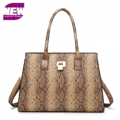 PU2084 New Arrival  Snake print  Hard Style Guangzhou Lady bag fashion market