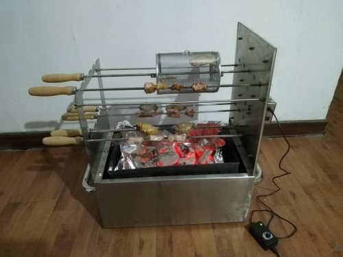 Double square stick rotation, Cyprus - style small, convenient barbecue equipment