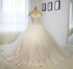 2018 Robe De Mariage Vintage Off Shoulder Satin Lace Applique Bead Ball Gown Wedding Dress Bridal Gown WZ36