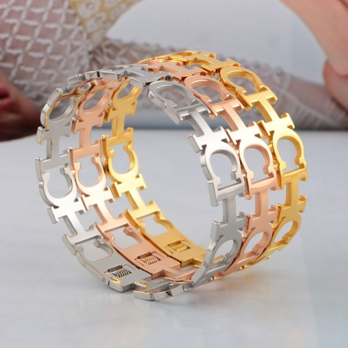 HY200716-B1129-G  Gold color  Bangle