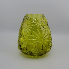 Decoration Leaf Shaped Glass Material Ikebana Vases on Glass Vase with Large Bottom and Small opening