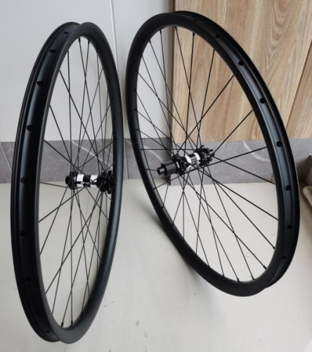Free Shipping 35mm wide 25mm depth internal 30mm DT240S DT350S Carbon Mountain Bike 29er Carbon wheels Tubeless bicycle mtb wheelset