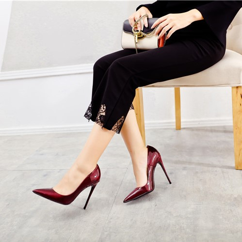 High heels pumps women shoes story