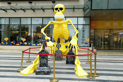 Outdoor Fiberglass Skeleton Replica Decoration