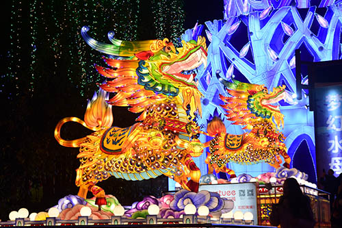 Attractions Chinese New Year silk Lantern Festival