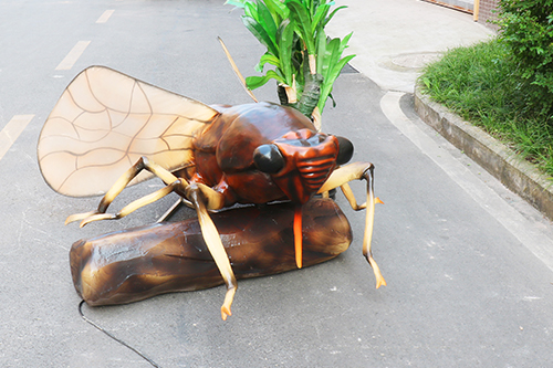 Animatronic insects for theme park