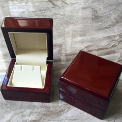 Timber Large Earring Box
