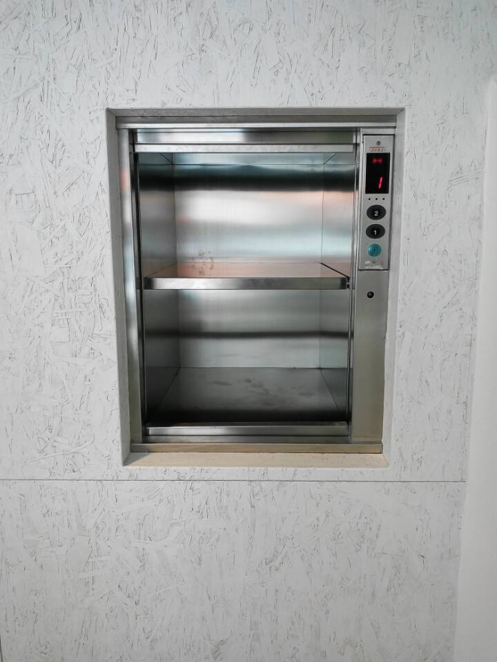 Dumbwaiter in Dubia