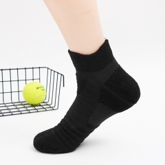 Wholesale Mens Ankle Quarter Running Athletic Socks