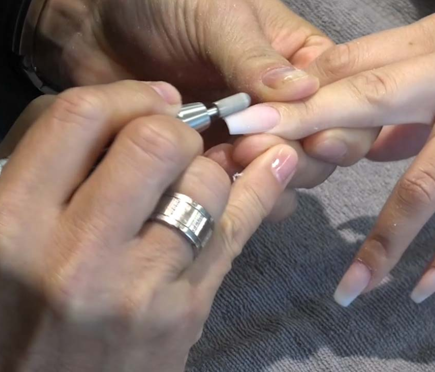 15 important Tips of how to use Electric Nail File