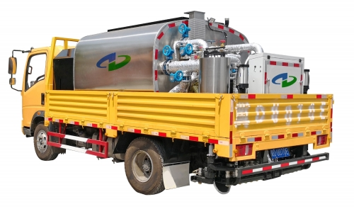 5000L Truck-attached Bitumen Sprayer