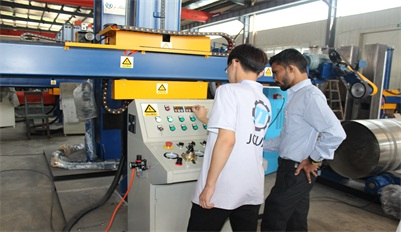 India customers came to our factory to test their polishing machine with wax system