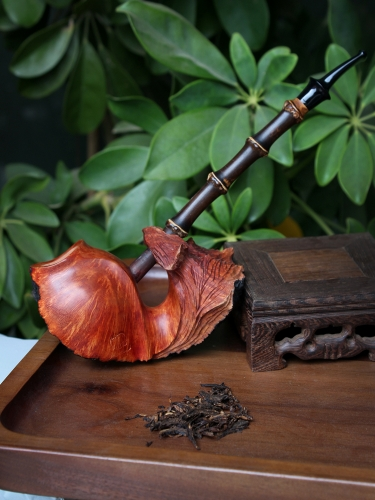 Mr. Liu Zhishan Hand made briar pipe #S008