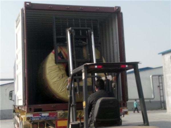 Container loading for port tires customers from Philippines