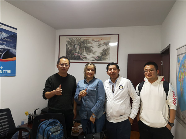 Customers from Ecuador visit Kelucktyre
