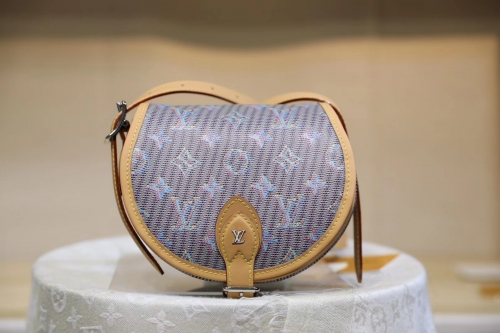 55544 Tambourin saddle Embroidering Monogram Blue-Y