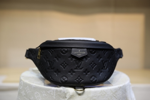 44836 Bumbag Embossed Monogram Black