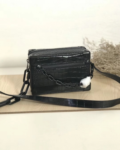 55702 [Mini Soft Trunk] box Crocodile pattern Black