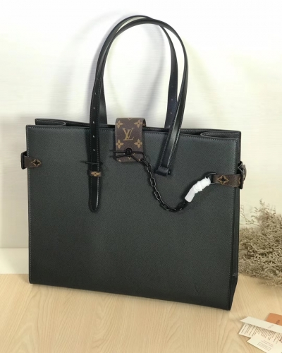 30725 [Onthego] tote Black