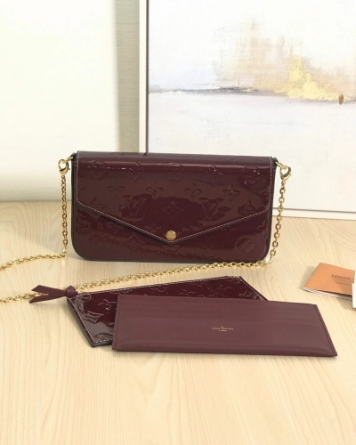 61267 [Felicie] sling Patent leather Dark red