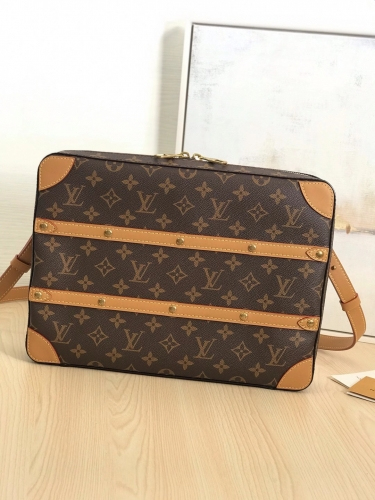44754 [Soft Trunk] cross body Classic Monogram L