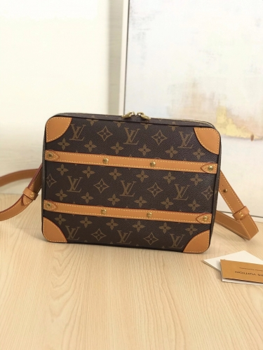 68494 [Soft Trunk] cross body Classic Monogram S