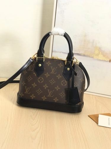 53152 [Alma] shell bag Classic Monogram Black S