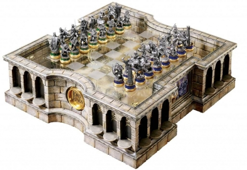 (Pre-order)LORD OF THE RINGS Chess Set