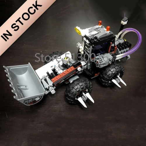 In stock 07082 Batman Movie Two-Face Double Demolition 584Pcs Building Blocks Compatible with 70915 Bricks DC Christmas Gifts
