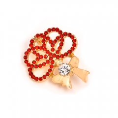 Korean jewelry Mother's Day clothing high-end environmental protection zinc alloy diamond carnation brooch pin