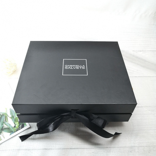 Custom with Ribbon Matte Logo Gift Folding Cardboard Magnetic Boxes Wholesale Black Box