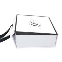 Wholesale Boxes Printed Paper Foldable White with Ribbon Custom Packaging Gift Box