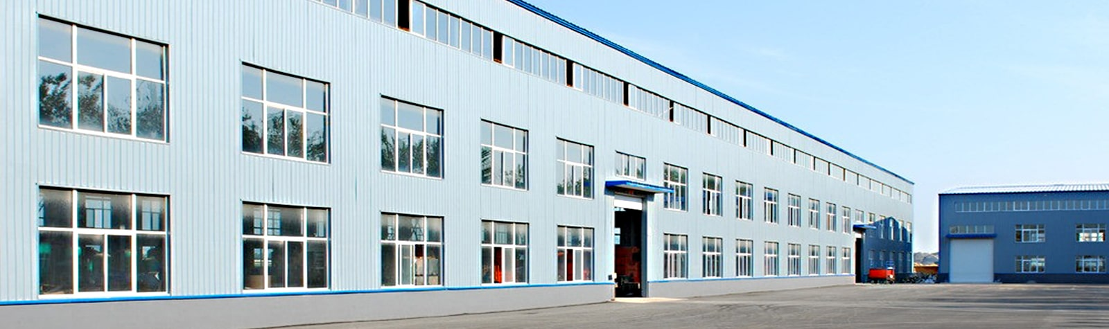 our factory of packing machine and warehousing equipment