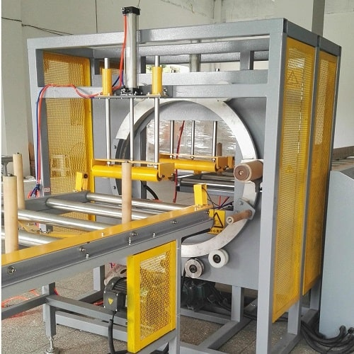 Horizontal orbital stretch wrapper for profile and bundles HM-A700